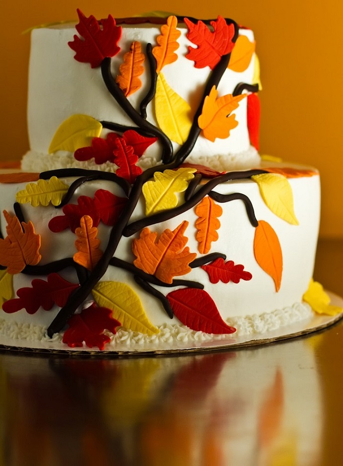 2-Tier Fall Leaves
