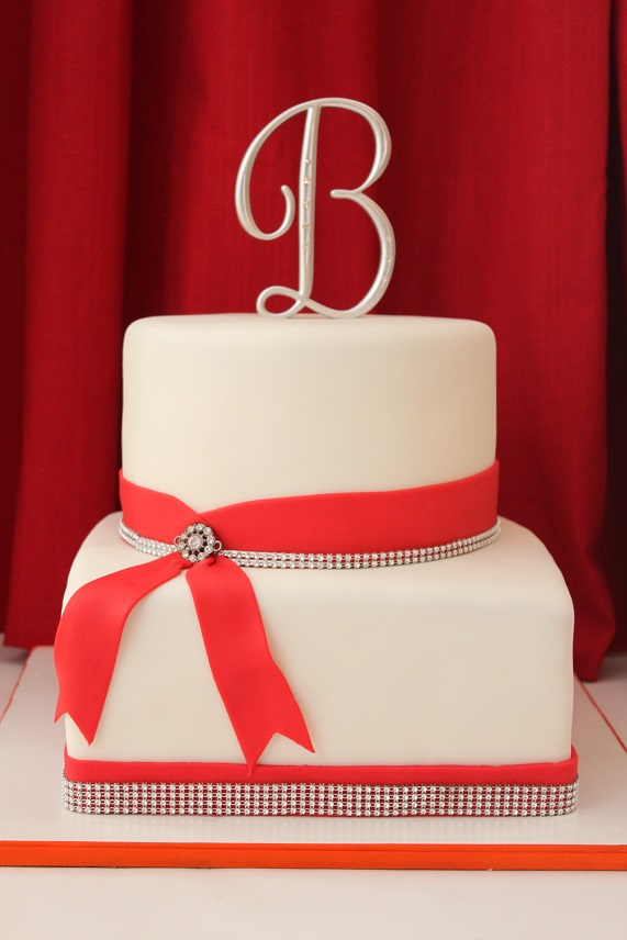 2-Tier Red Bow