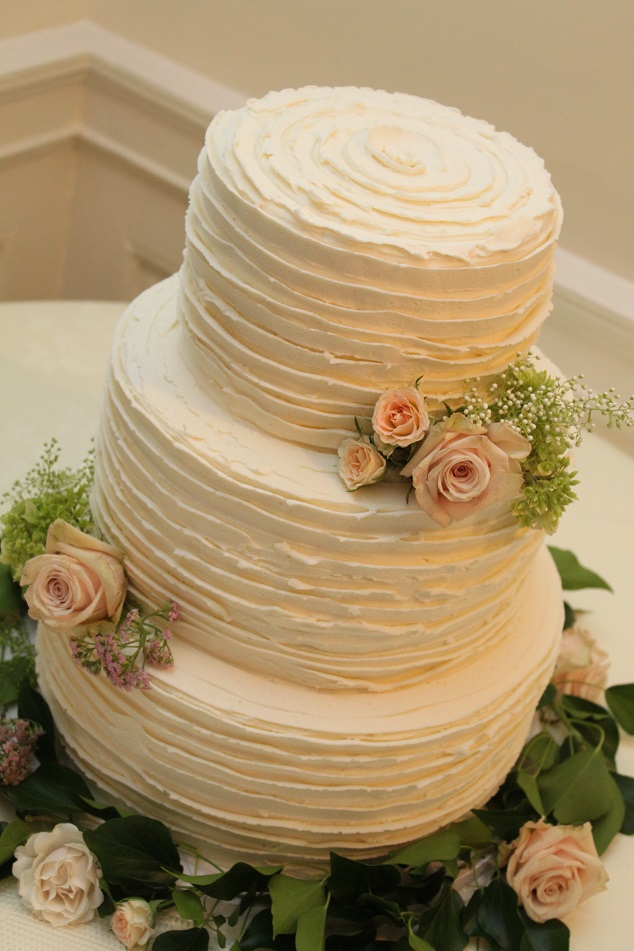 Natural Buttercream Ruffles